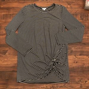 Adorable long sleeve striped shirt